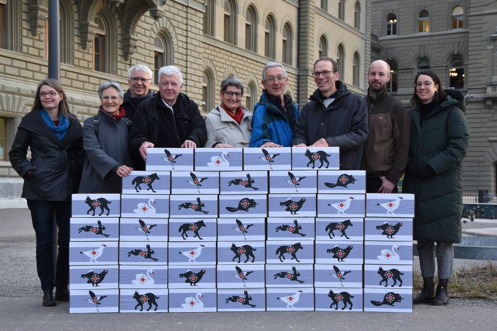 Uergabe Unterschriften Jagdgesetz Referendum