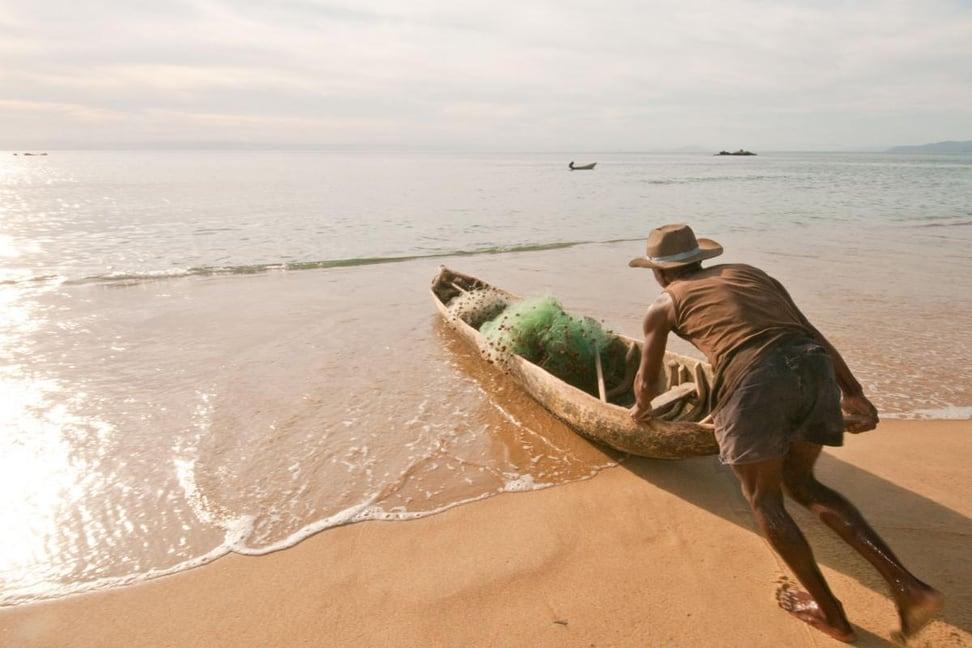 Fischer in der Bucht von Antongil.