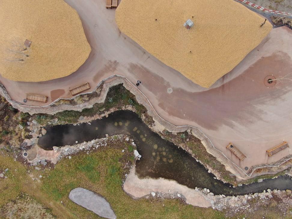 Wasserloch in der Lewa Savanne im Januar 2020.