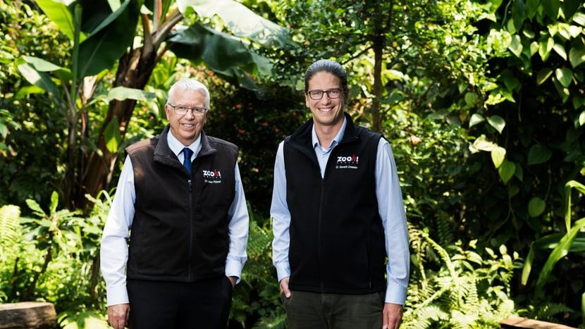 Zoodirektor Alex Rübel und sein Nachfolger Severin Dressen.